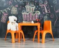Пластмасова детска маса с декор английска АЗБУКА